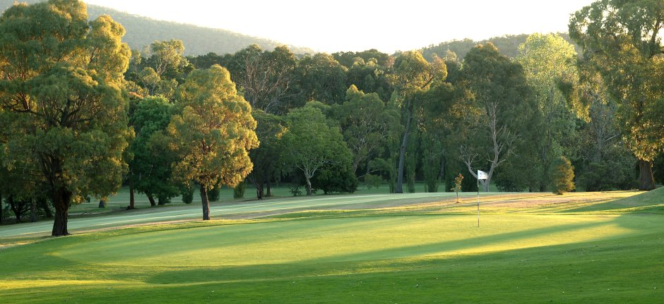 Eastwood 6th Green2 [940x431]